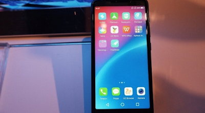 smartphone murah dengan layar full display