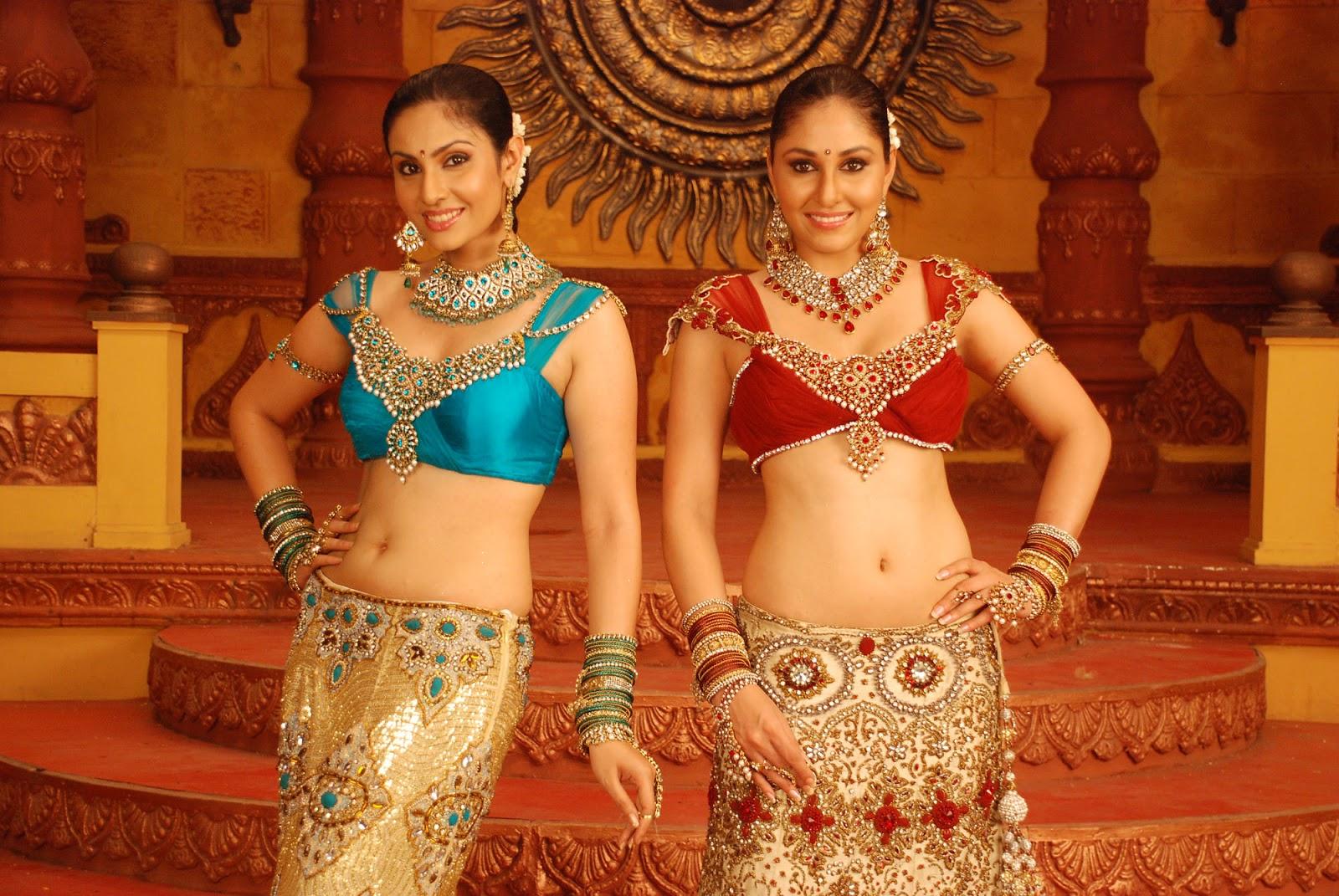 ethnic and sparkling Divya parmeshwaran from ponnar shankar