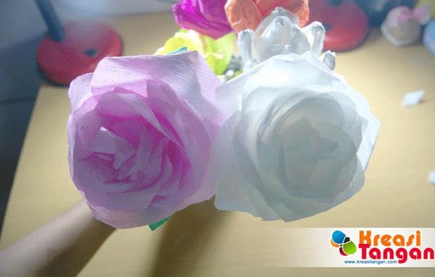 Cara Membuat Bunga Dari Kertas Krep Dengan Mudah
