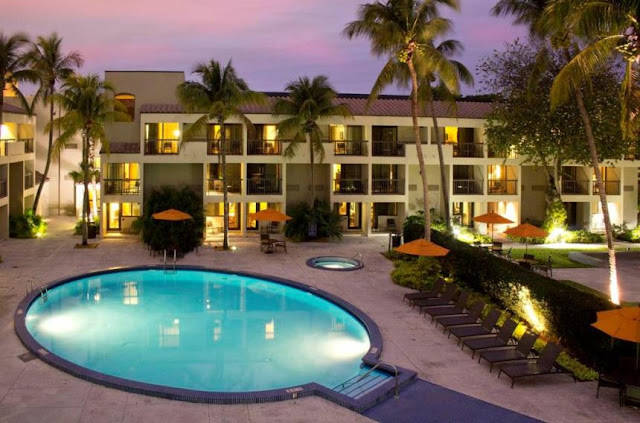 Shula's Hotel & Golf Club is a premier golf resort in Miami Lakes, FL. close to the Dolphins Stadium and many other local attractions, shops and businesses.