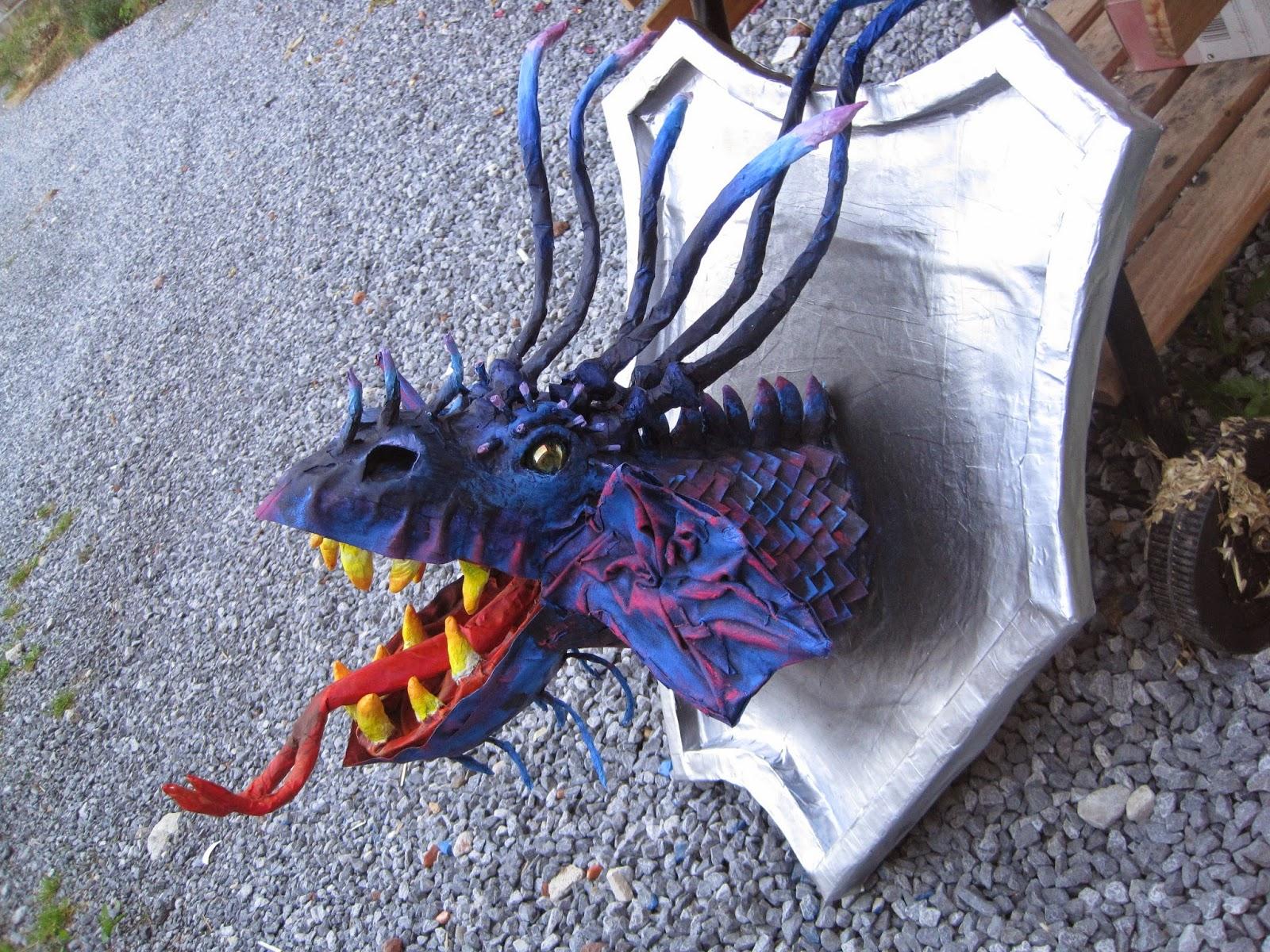 trophée dragon papier mâché