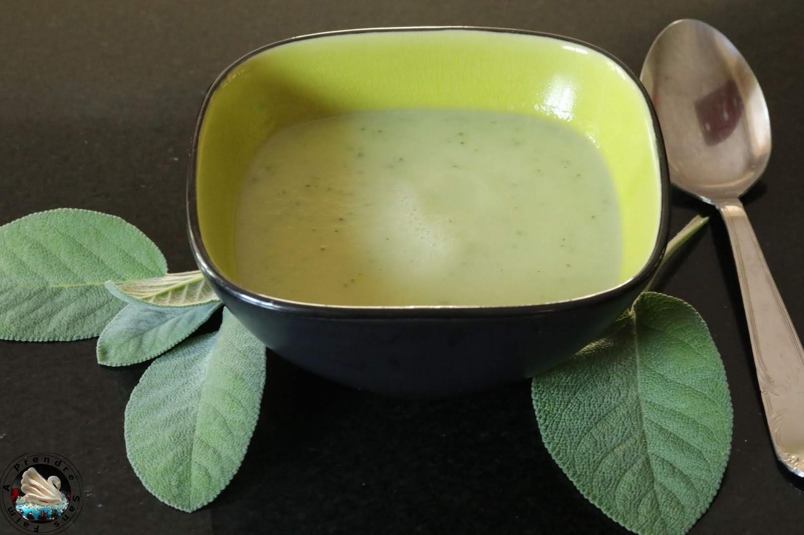 Soupe courgettes sauge