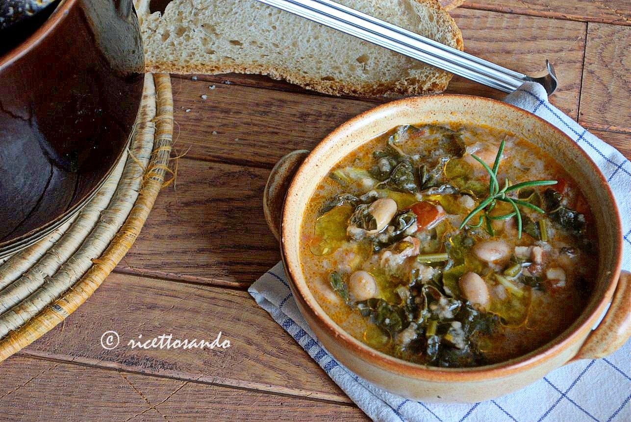 Ribollita toscana ricetta zuppe tradizionali piatto invernale a base di cavolo nero