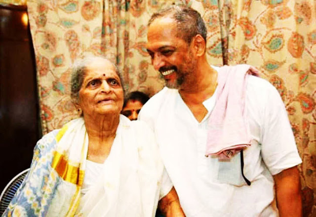 Nana Patekar with mother