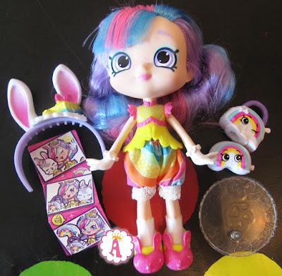 Кукла с разноцветными волосами Шопкинс Радужная Кейт