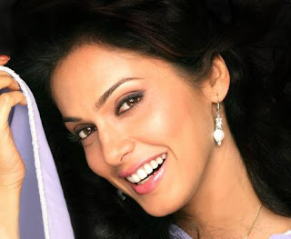 Isha koppikar Family Husband Parents children's Marriage Photos