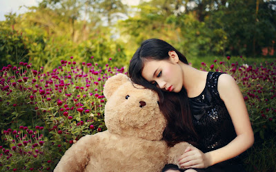 girl with teddy wallpapers