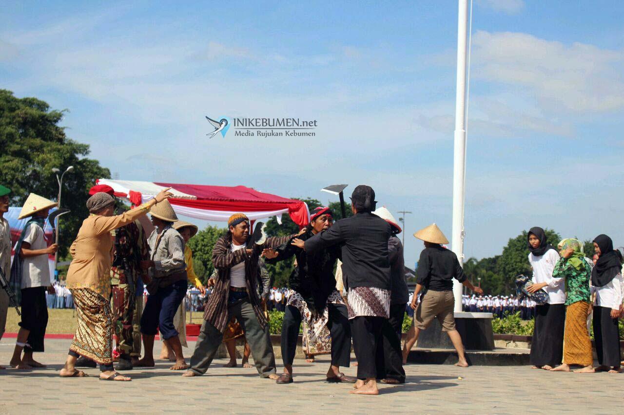 Peristiwa Canonade Desa Candi Dipentaskan pada HUT RI
