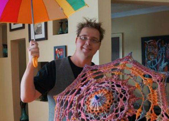 Paraguas de Crochet con el Armazon de uno Viejo