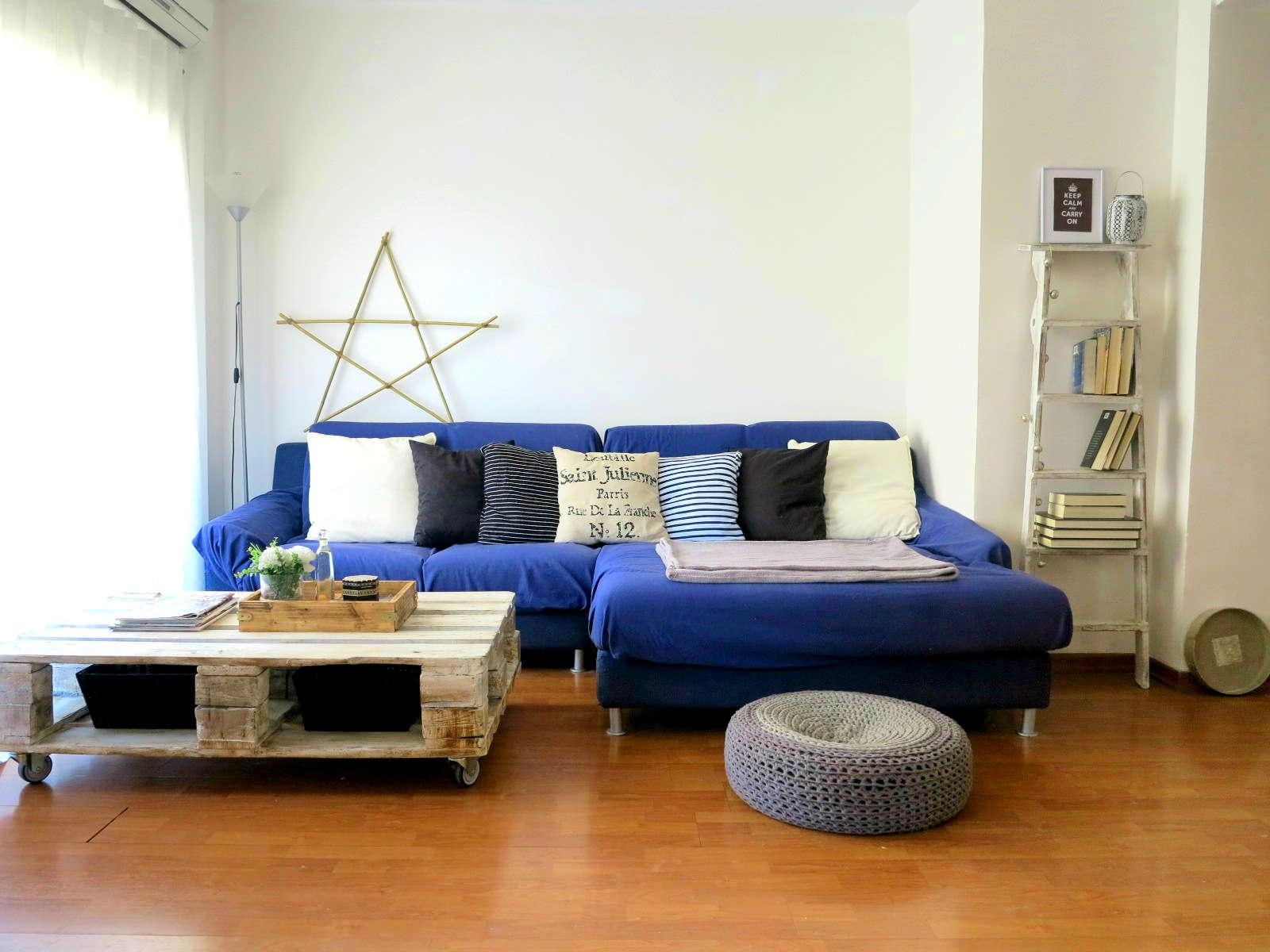 Rocco En Mi Sofa Mi Salon Como Cambiar La Decoracion Con Poco Dinero - Como-decorar-el-salon-de-mi-casa