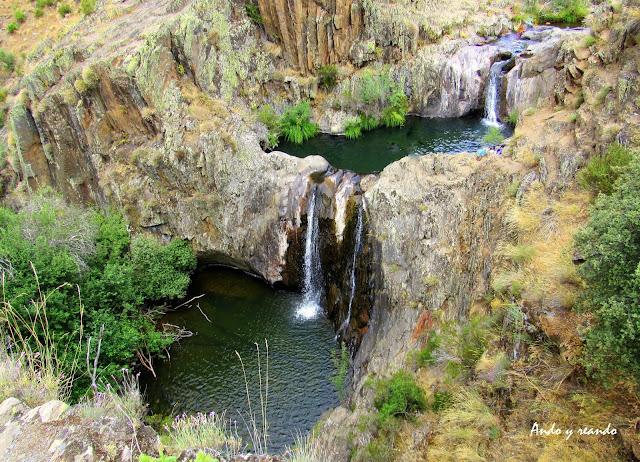 Cascada del Aljibe, Campillo de Ranas, Arquictetura Negra
