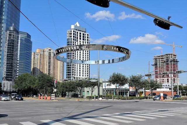 Post Oak Boulevard at San Felipe - Astoria Condo Tower