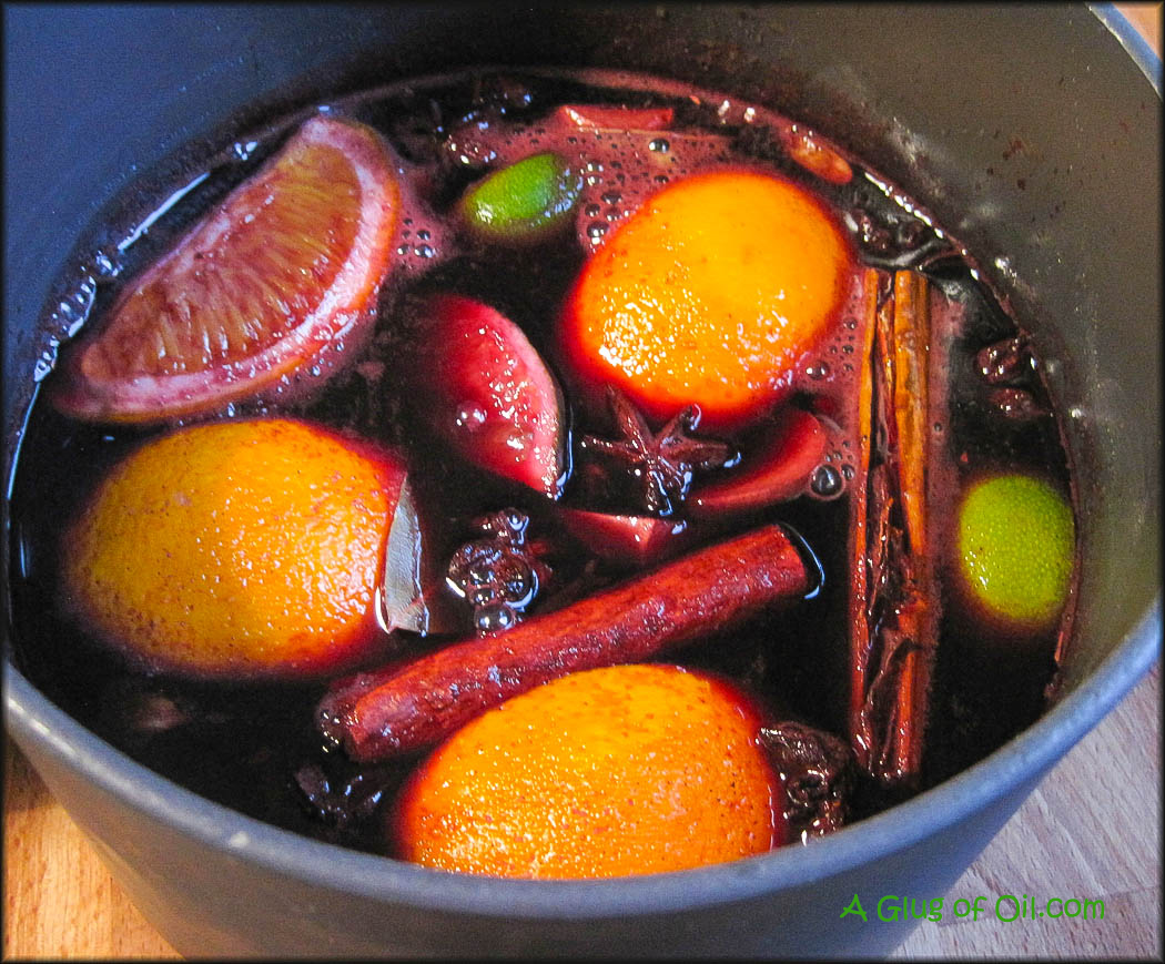 Mulled wine in a saucepan