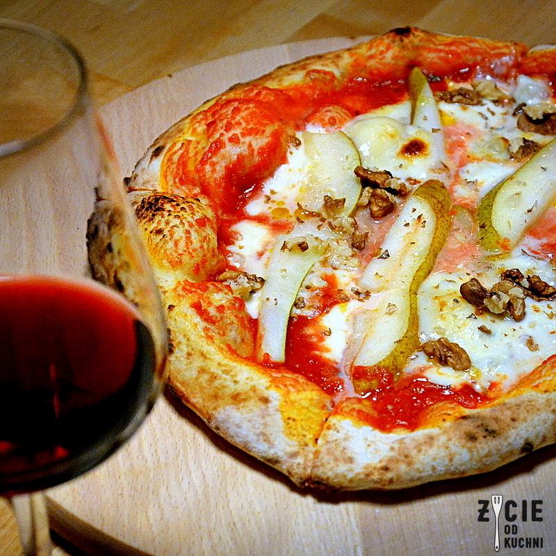 pizza, wloska pizza, pizza z gorgonzola, najlepsza pizza w krakowie, dania z pieca, podplomyki, lasagne, zycie od kuchni, twoj kucharz, bartlomiej plocienniak