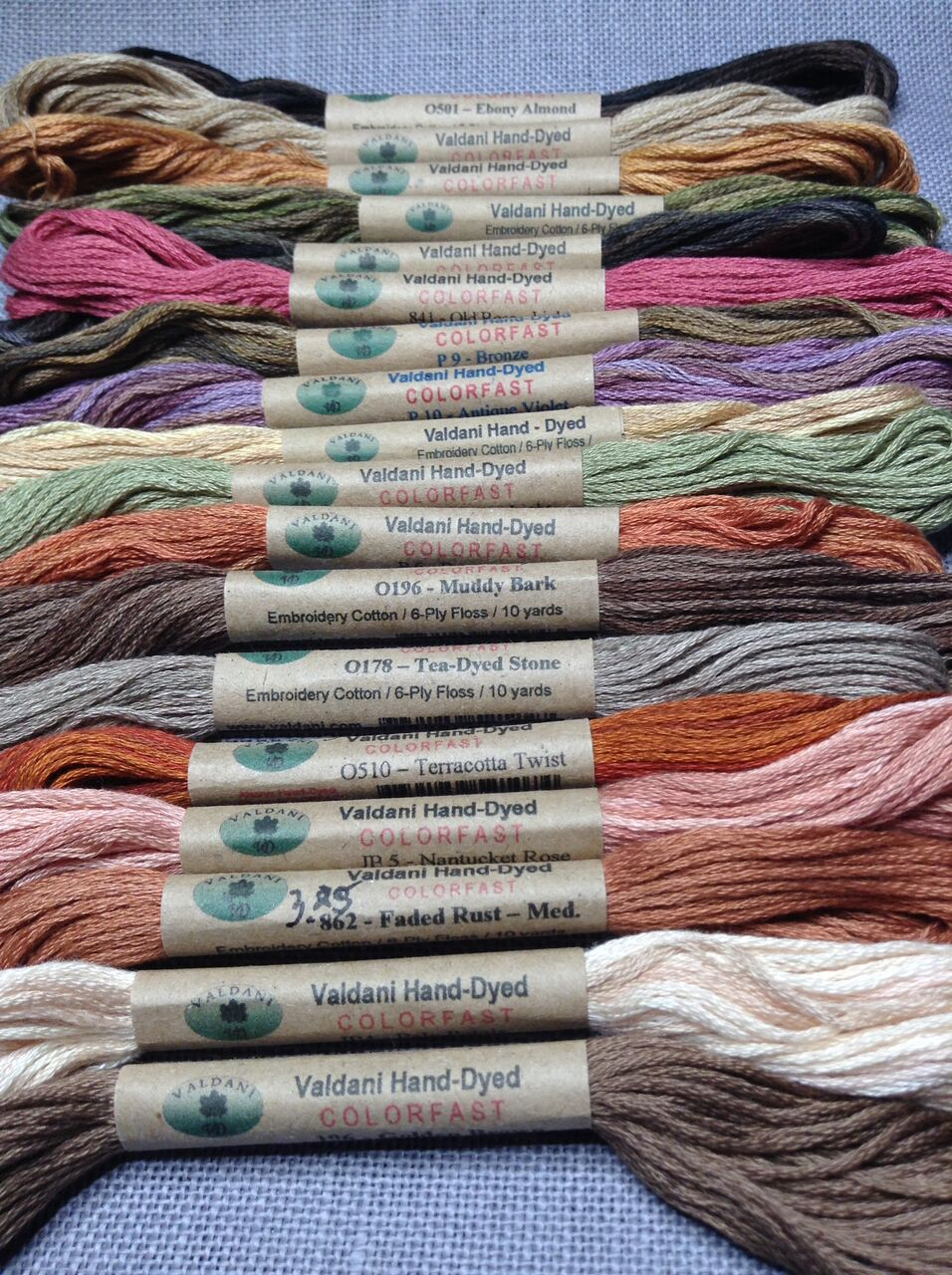 Stitching At The Lilac Thicket June 2018 Wool Ply Conversion Tables Doodle Dog Primitives Sent Out Their Newsletter With A Fabulous Resource For Stitcher Floss Chart Valdani To Dmc Was