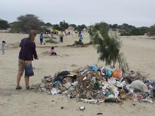 Garbage pile in Noe