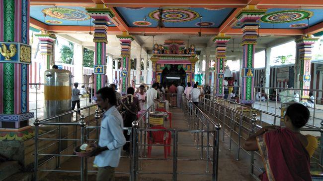 Kuchanur Saneeswara Temple Complex