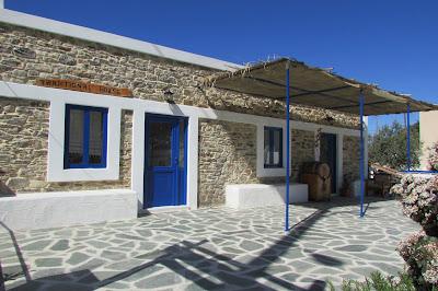 dom ludowy Empona Rhodes