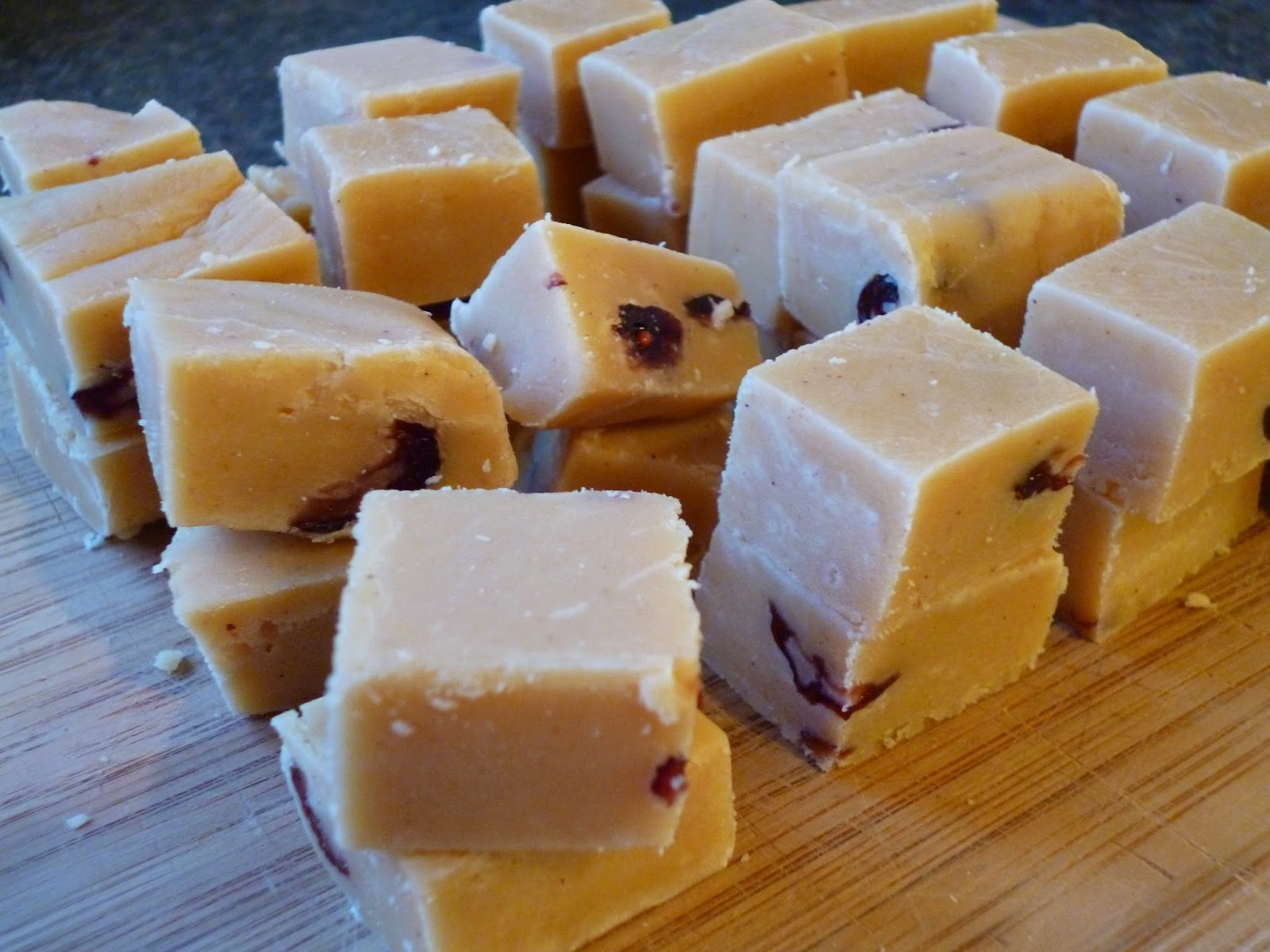 Easy Christmas Cranberry Fudge Recipe condensed milk