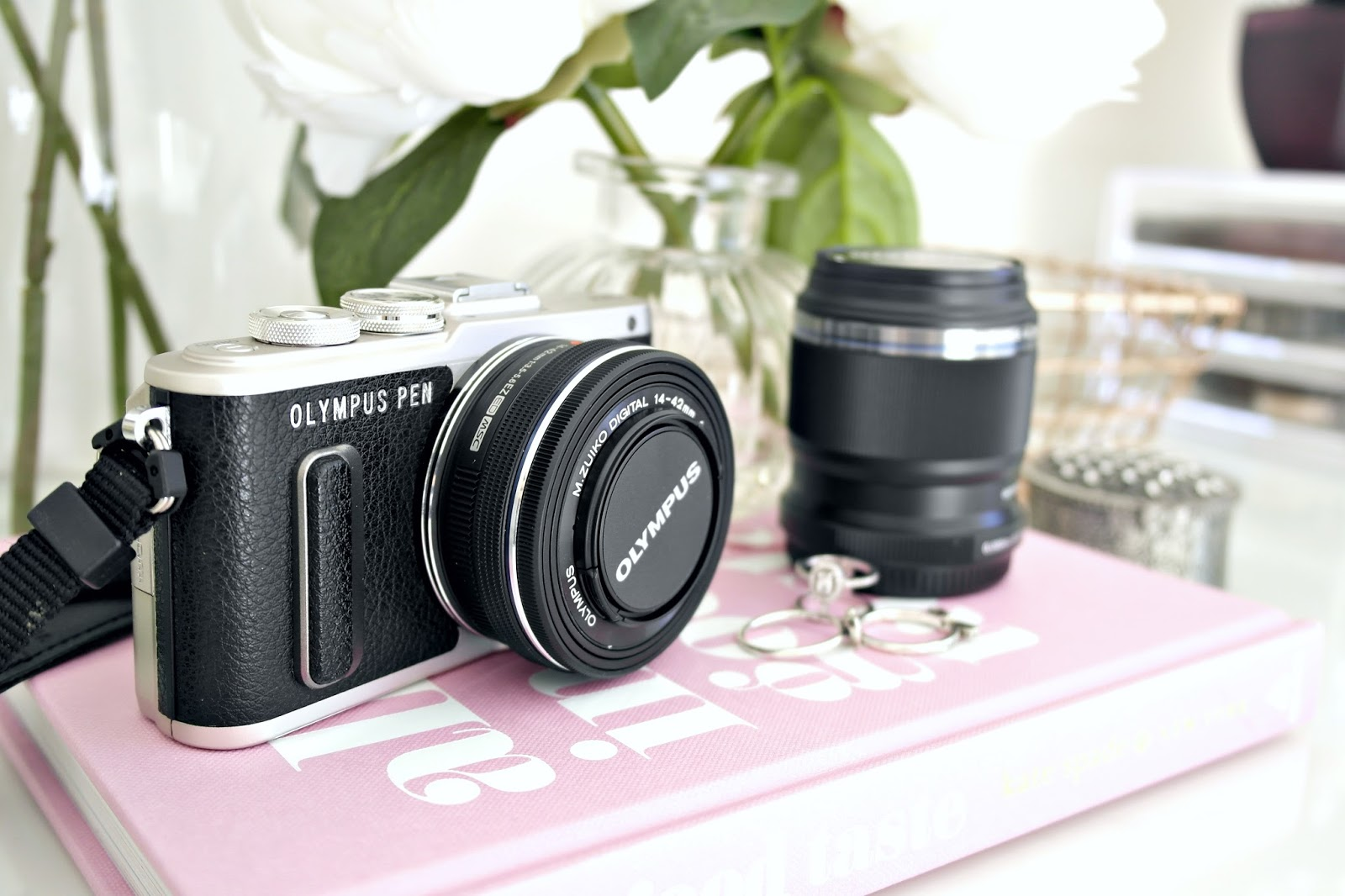 Olympus PEN E-PL8 and 30mm Lens Review AND Discount code