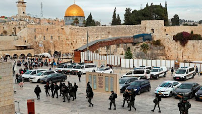 Trump  avisa  a aliados que para os EUA capital de Israel será Jerusalém