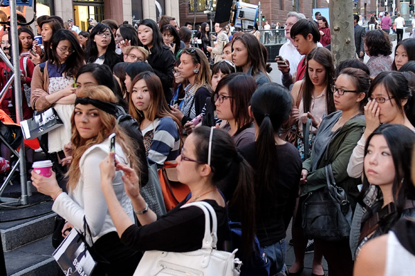 Crowd (2) waiting for Miranda Kerr at VFNO Martin Place Sydney