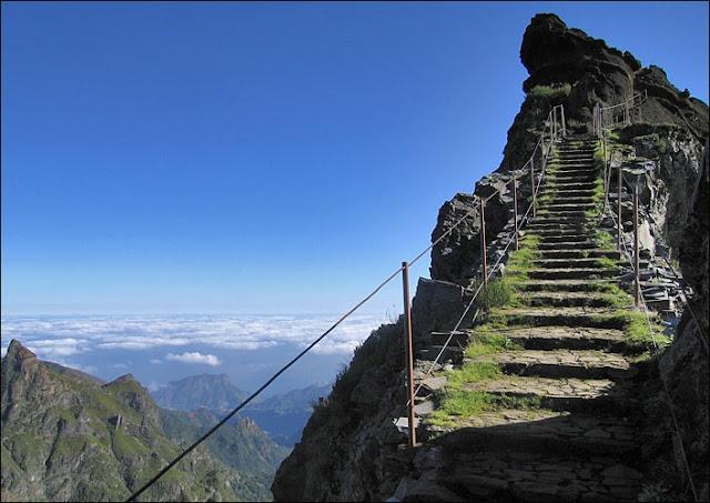 Pico do Arieiro na Ilha da Madeira