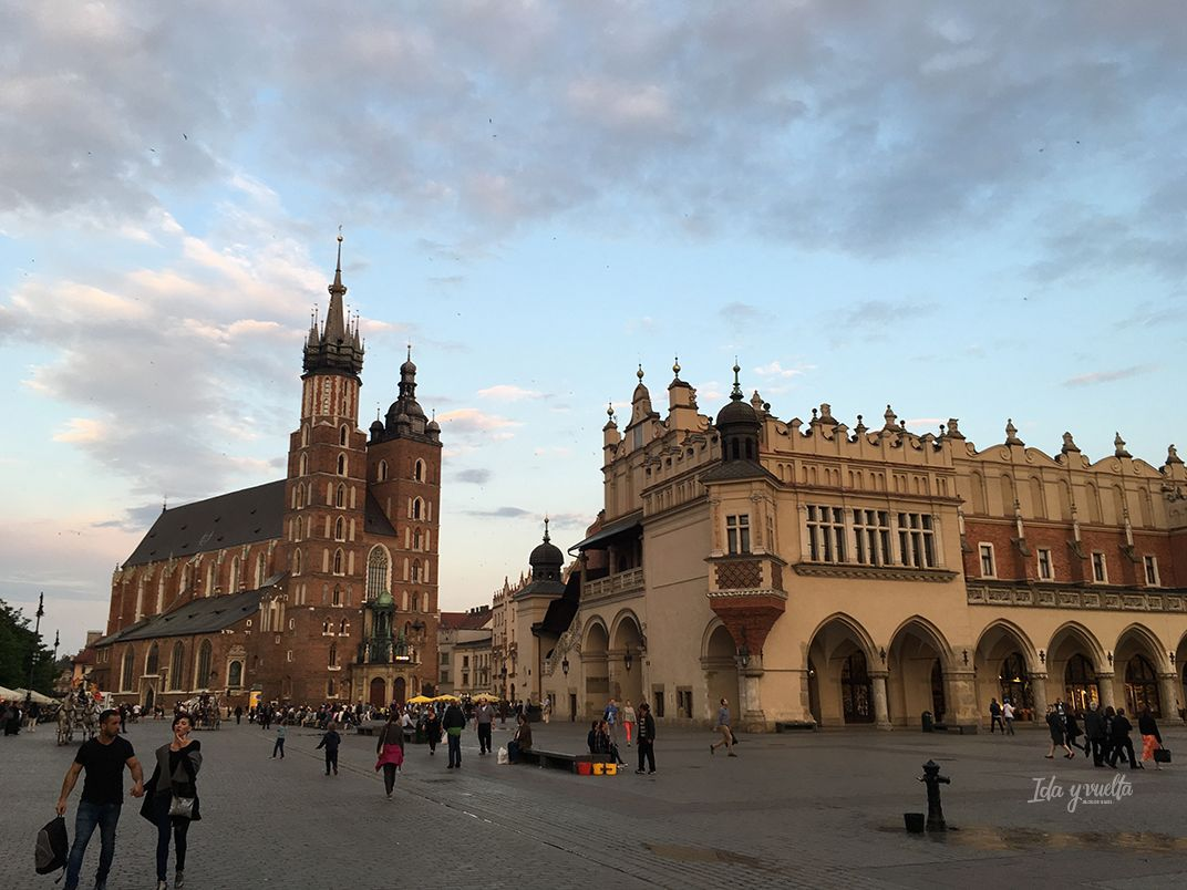 Cracovia fotos atardecer en la Plaza Mayor del Mercado