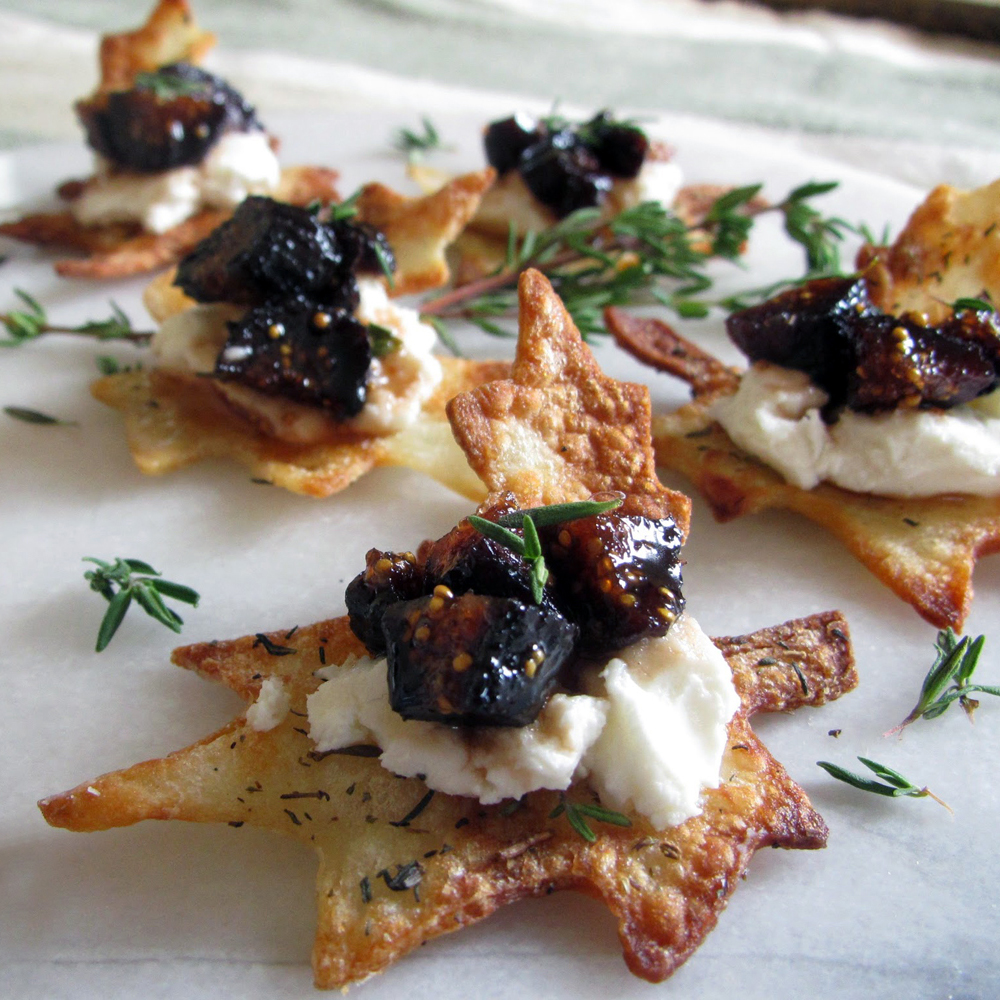 Fig Compote and Chèvre Leaves appetizer