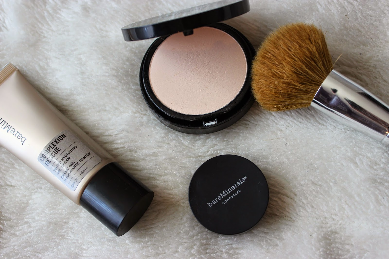Complexion Rescue et bareSkin Perfecting Veil by bareMinerals