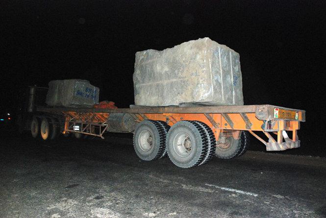 """Gia Lai: Hai xe đá """"đấu lì"""" với thanh tra giao thông Gia Lai"""