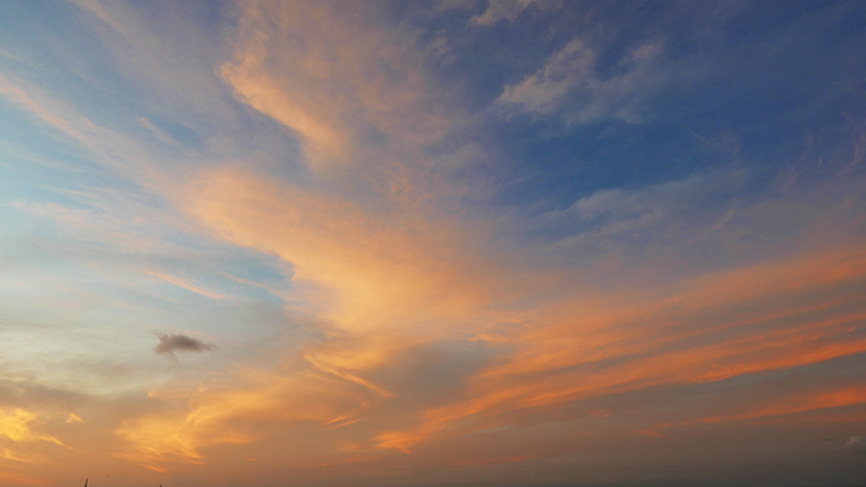 Euriental | fashion & luxury travel | sunset sky in Jimbaran, Bali