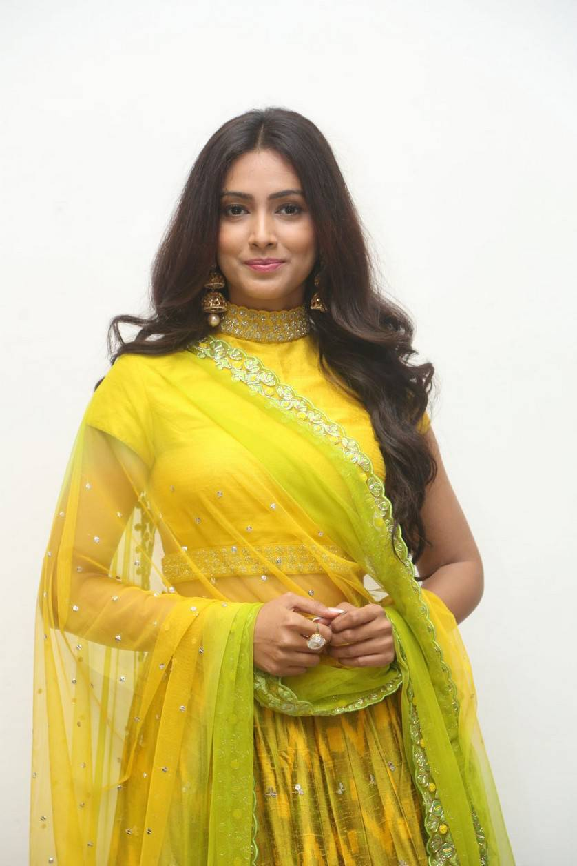 Pallavi Subhash Stills From Naruda Donaruda Movie Audio Launch.