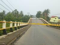 Jembatan Cipamingkis Jonggol Ambruk