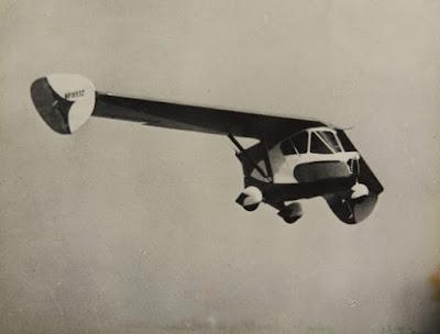 www.fertilmente.com.br - Aerobile voando em um dos voos de demonstração do protótipo