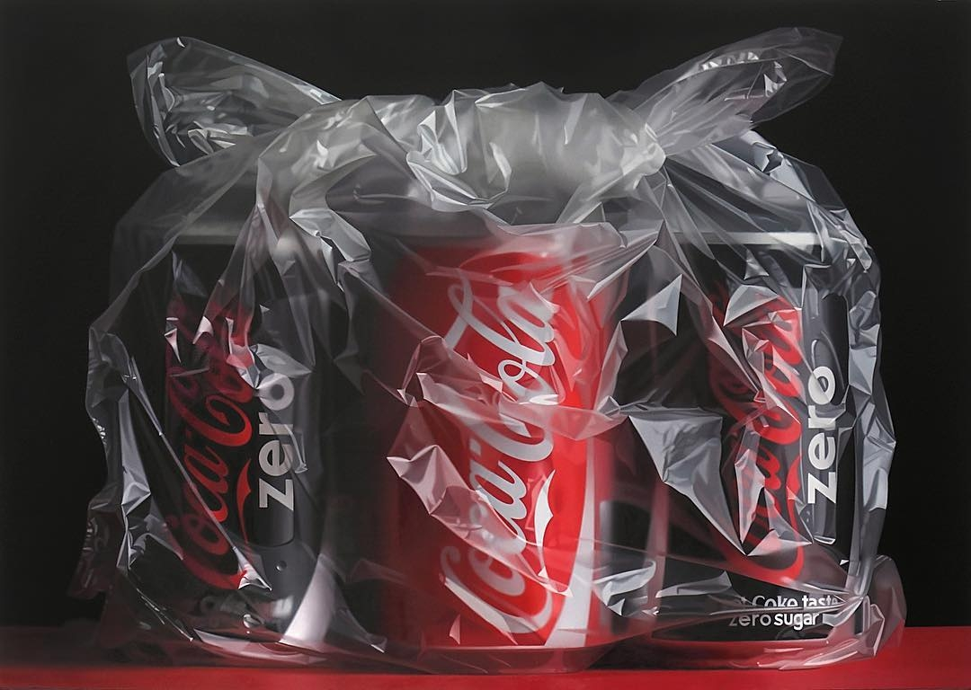 10-Coke-in-a-bag-Pedro-Campos-Realistic-Paintings-Coupled-with-Classic-Items-www-designstack-co