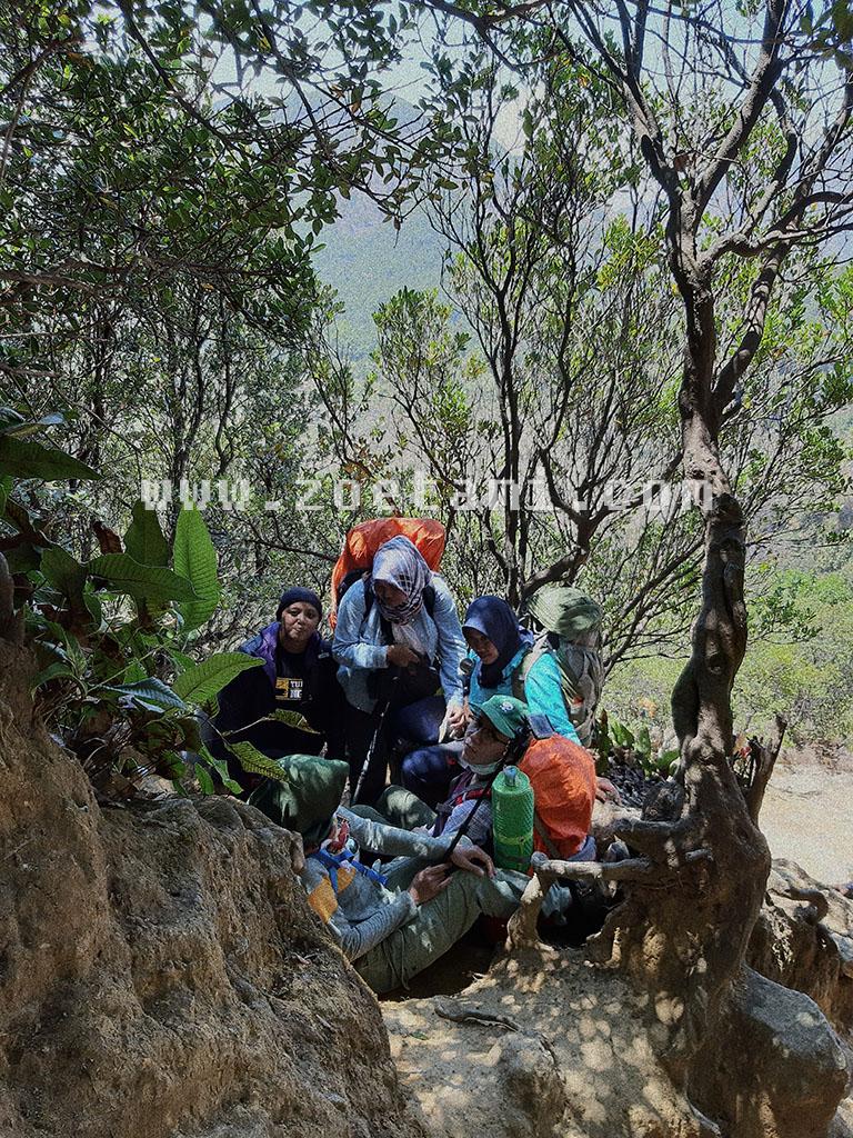Info Biaya Simaksi Pendakian Gunung Papandayan