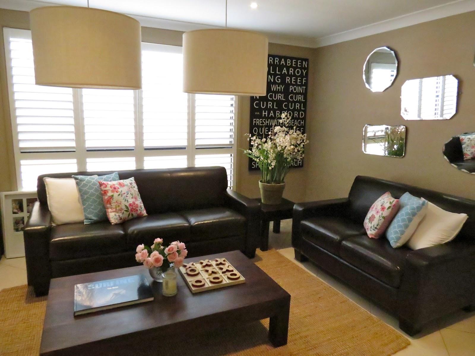 imagini pentru black sofa living aqua wall design wohnideen pinterest wohnideen. Black Bedroom Furniture Sets. Home Design Ideas
