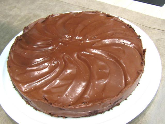 الكيكة المجنونة التي حيرت الجميع هل تستحق التجربة لماذا مجنونة؟؟؟,الكيكة المجنونة,gâteau fou,cake crazy,كيكة الشكلاطة,كيكة الإسفنجية,بصلصة رائعة,بصلصة الشوكولاته لذيذة,كريزي كيك,الكيكه المجنونه,كيك بلابيض,كيكة بدون بيض,crazy cake,كيكة مجنونة,طريقة عمل الكيكة المجنونة,كيكة سهلة,كيكة سريعة,كيكة,طريقة عمل,كيكة بدون زبدة,gateaux au chocolat,gateau surrpise,recette gateau surrpise,كيك بدون حليب,كيك بدون ياغورت,كيكة الشكلاط بلا بيض,الكيكة المسلوقة