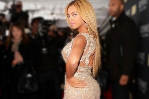 Beyonce-Curvy-Celebrities-in-Hollywood