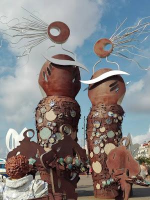 Escultura en el paseo maritimo de Cambrils