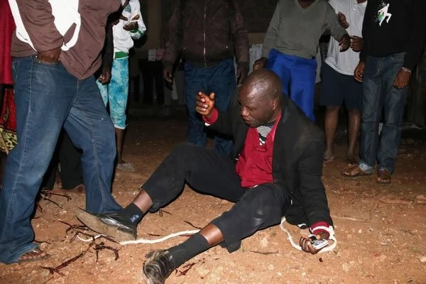 Omg! Read What Angry Mob Did to a Pastor After Catching Him Around 3am in a Married Woman's House
