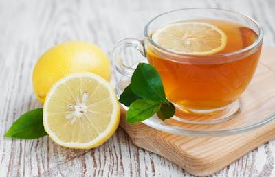trà xanh với nước chanh có tác dụng đánh tan mỡ bụng