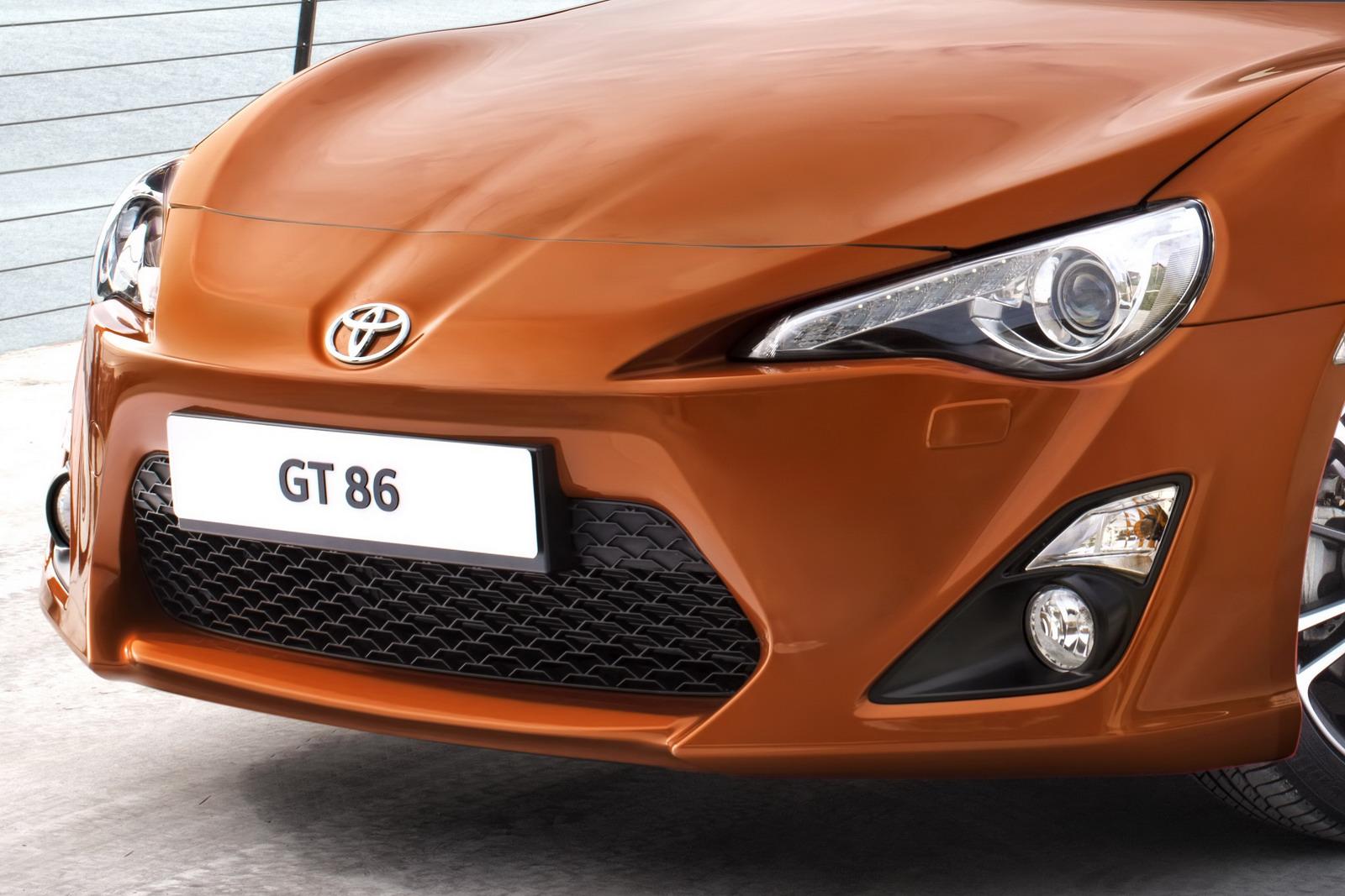 https://2.bp.blogspot.com/-9dyP7ku462g/UAbrgP9v_qI/AAAAAAAAC88/lQWUeMzyStU/s1600/New_Toyota_GT_86_Front_HD_Wallpaper-CarWallBase.Blogspot.Com-.jpg