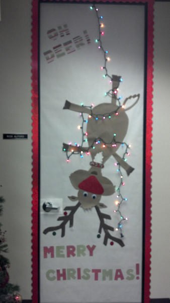 Christmas Office Door Decorating Ideas Snowman