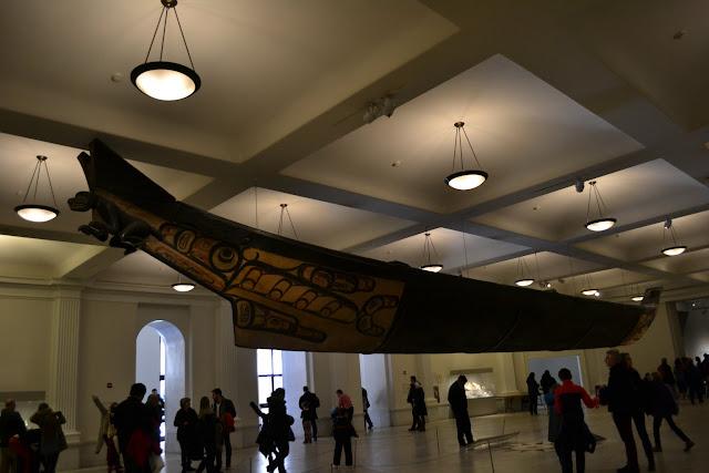 Американський музей природознавства. Найдовше в світі каное(American Museum of Natural History)