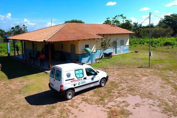 Nélio leva médico, duas ambulâncias e R$ 250 mil para reforma da UBS em Curuai