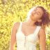 """É agora o comeback! Novo single da Miley Cyrus se chama """"Malibu"""" e chega dia 11 de maio"""