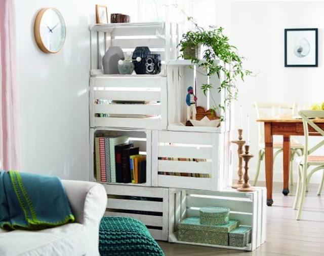reutilizar caixotes de madeira divisoria ambientes estante