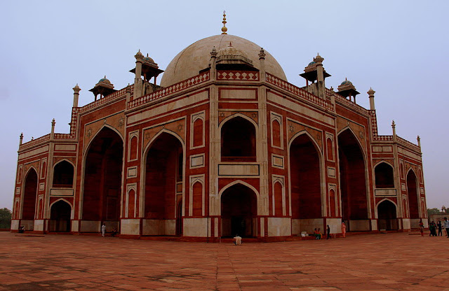 360 degree view of Humayun's tomb -  UNESCO World  Heritage site in India